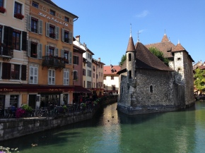 See Blue Abroad: Ana'sExperience